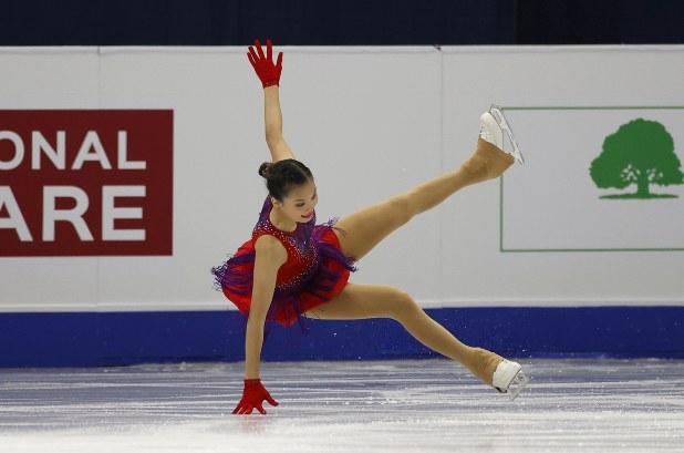 と 何 スケート の か ほか フィギュア