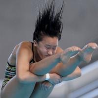 女子3メートル板飛び込み決勝、3位となった宮本葉月の2回目の演技=東京辰巳国際水泳場で2020年2月9日、宮武祐希撮影