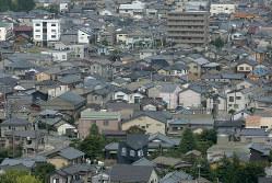 配偶者は自宅を所有しなくても、住み続けられる(Bloomberg)