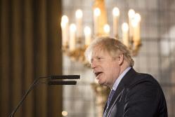 ジョンソン首相が中国ファーウェイの英国市場参入を認めたことも影響か(Bloomberg)