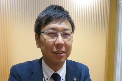 年次有給休暇の「すり替え取得」に注意を呼びかける佐々木亮弁護士=東京都千代田区で