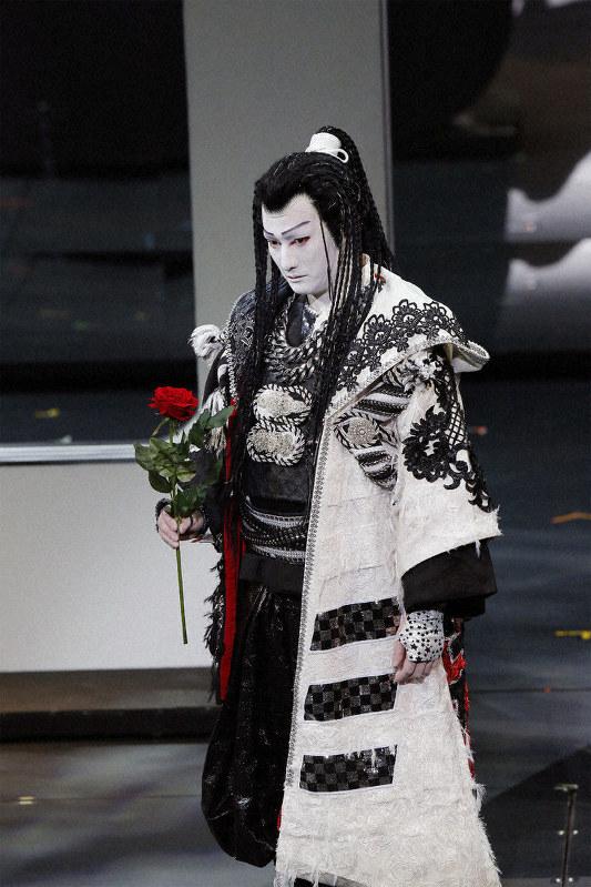 隼人 伎 中村 歌舞