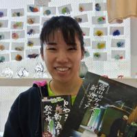 粟田和さん=富山市西金屋の富山ガラス工房第2工房で、青山郁子撮影