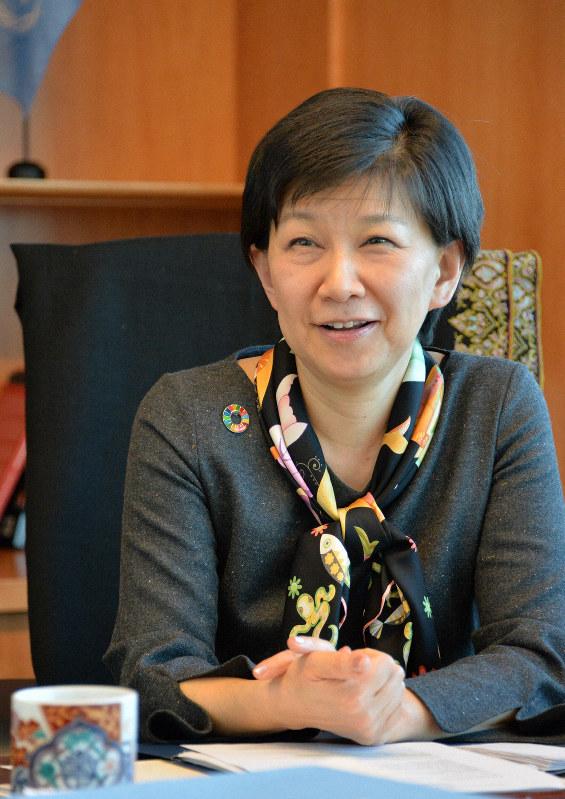インタビューに応じる中満泉・国連事務次長=米ニューヨークの国連本部で2020年2月17日、隅俊之撮影