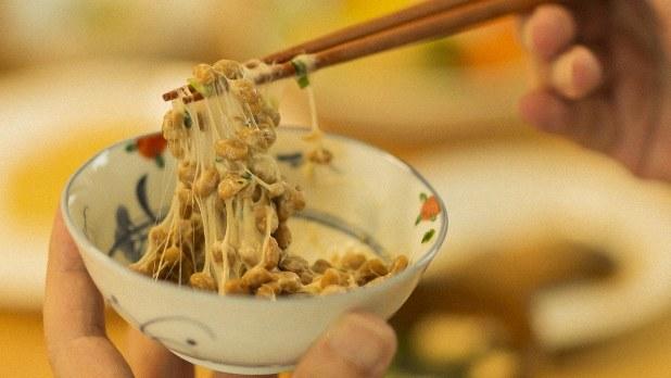 尿酸 値 を 下げる 食べ物 一覧 納豆