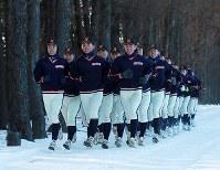 校内をランニングする帯広農の選手たち=北海道帯広市で2020年1月25日、貝塚太一撮影