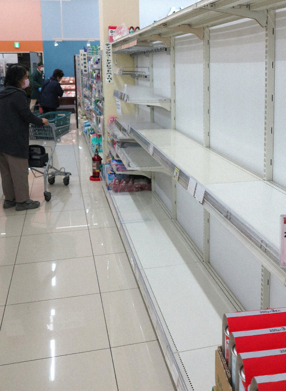 コロナ ウィルス トイレット ペーパー