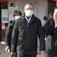 広島地検に向かう立道浩容疑者=広島市中区で3日午前9時2分、平川義之撮影