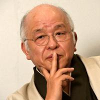 「幕末の武士の悩みに視点を当てた」と語る浅田次郎さん=東京都千代田区で、木村滋撮影