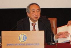 岡部信彦氏=東京都千代田区の日本記者クラブで2020年3月10日、高木昭午撮影