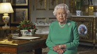 In this image taken from video and made available by Buckingham Palace, Britain's Queen Elizabeth II addresses the nation and the Commonwealth from Windsor Castle in U.K., on April 5, 2020. (Buckingham Palace via AP)