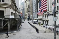 ニューヨークのウォールストリートからも人が消えた……(3月30日)(Bloomberg)