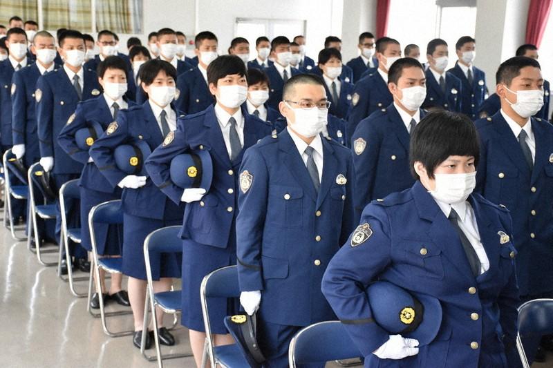 学校 福岡 警察 福岡県警察学校で入校式 新人警察官ら359人