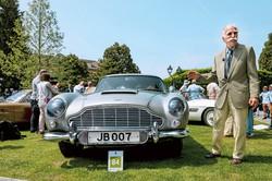 「007」シリーズで使われた車などは今なお人気が高い (Bloomberg)