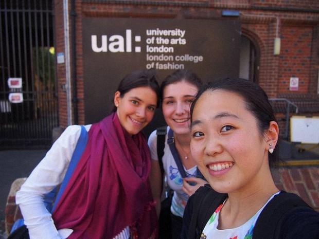 ロンドン芸術大学夏プログラム最後の日に撮った一枚=2015年8月、筆者撮影