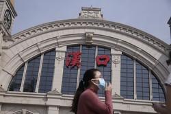2カ月半ぶりに封鎖措置が解除された中国湖北省武漢市。感染の中心は欧米に移っている(Bloomberg)