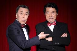 加藤健一(右)と佐藤B作 ©石川純撮影