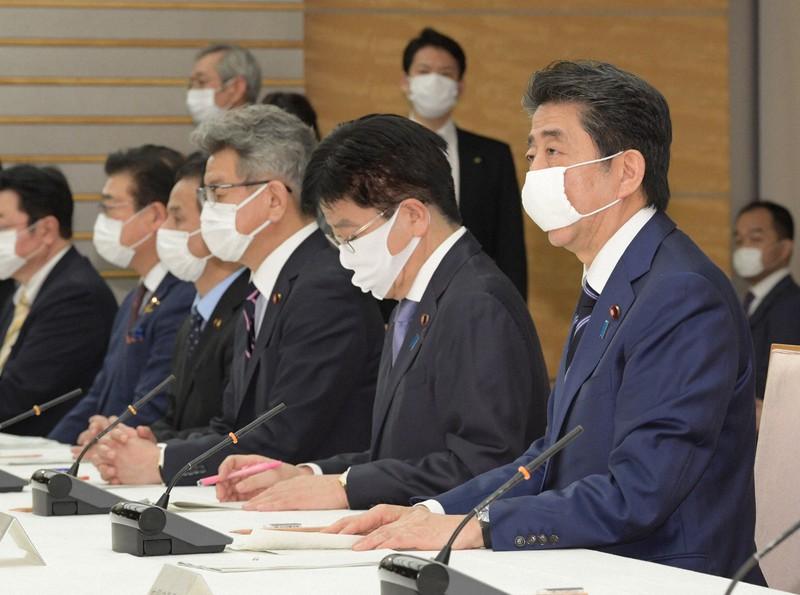 に 次 売り切れる もの マスク の [B!] 【大胆予想】マスクの次に売り切れる物はこの3つ