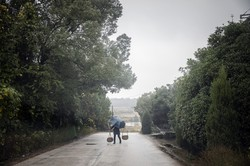農村の貧困脱却は「2020年まで」に実現できるか(Bloomberg)