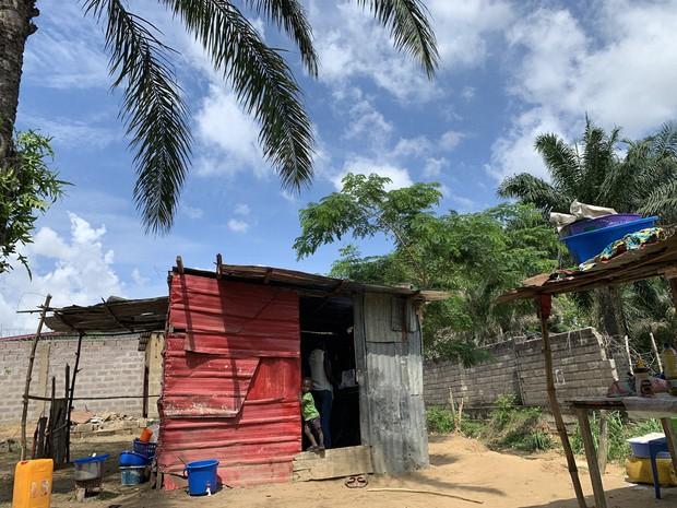コンゴ民主共和国で=筆者撮影