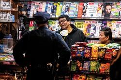 消毒液や日用品を狙った侵入盗が前年時期から75%増加した (Bloomberg)