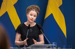 支援策を発表する文化庁のアマンダ・リンド文化民主主義大臣 (撮影 Nini Andersson Regeringskansliet)
