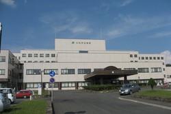 常勤医10人で外来、入院、当直をこなす北海道の士別市立病院=同病院提供