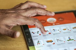 ロックダウンを契機にアプリで学習する人が増えている (Bloomberg)