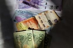 デフォルトが危ぶまれ、通貨安も進むアルゼンチン・ペソ(Bloomberg)