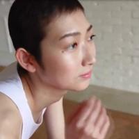 ありのままの姿を動画で公開した競泳の池江璃花子選手=ユーチューブより