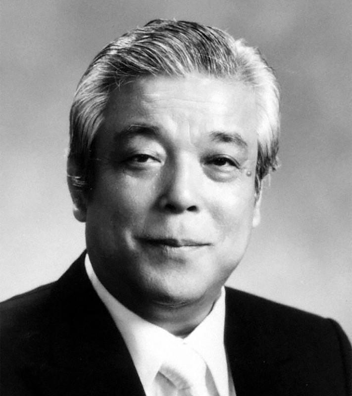 廣済堂の創業者で東京博善の株を買い取り筆頭株主となった櫻井義晃氏(本名:文雄)
