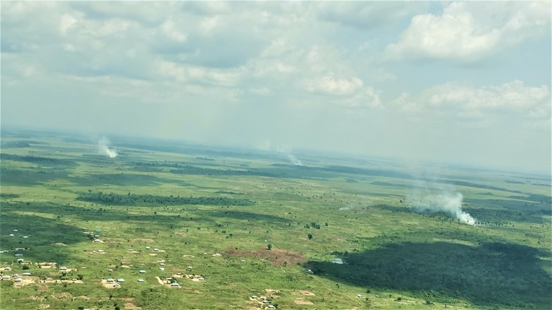 MOTTAINAI:地球の肺を守ろう~コンゴ熱帯雨林保護の最前線から(12)村民に「持続可能な開発」の重要性訴え=大仲幸作   毎日新聞