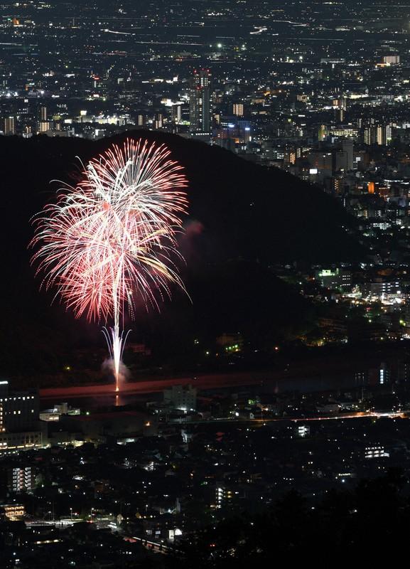 花火 月 2020 6 年 1 日 奈良の花火打ち上げ場所は?奈良の参加業者は?新型コロナ終息を願うプロジェクト!2020年6月1日開催