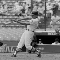 第74回全国高校野球選手権大会の甲子園練習で打撃練習する星稜の松井=1992年8月