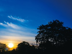 季節で極端な日照時間の差があるドイツの街 筆者撮影