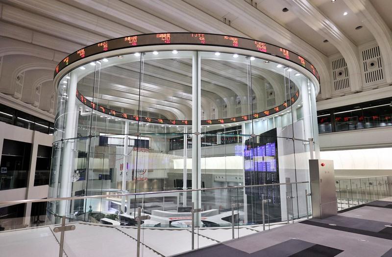 東京証券取引所のマーケットセンター=東京都中央区で2020年5月7日、幾島健太郎撮影