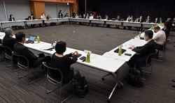 新型コロナウイルス感染症の対策を検討する政府専門家会議=東京都千代田区で2020年5月14日、北山夏帆撮影
