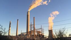 米国の石炭火力発電所=清水憲司撮影