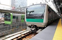 山手線のホーム(左)と並び合う埼京線の新ホーム=JR渋谷駅で2020年6月1日、小川昌宏撮影