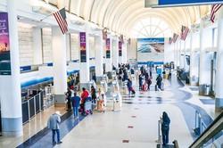 ロサンゼルス国際空港からのアクセスが向上 (Bloomberg)