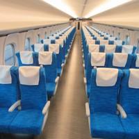 東海道新幹線の新型車両「N700S」の普通車=13日午前11時45分、小坂剛志撮影