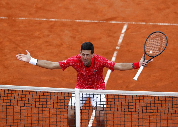 Djokovic Defends Packed Stands At Tennis Charity Tour Event The Mainichi