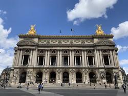パリのオペラ座は6月22日に再開予定=筆者撮影