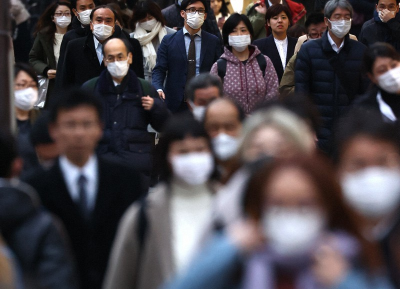 東京都新宿区で2020年3月30日午後5時43分、喜屋武真之介撮影