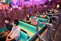 Empty seats to help visitors maintain social distancing are seen on a ride during a press event at Tokyo Disneyland in Urayasu, Chiba Prefecture, on June 29, 2020, ahead of the theme park's July 1 reopening. (Mainichi/Takehiko Onishi)