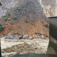 豪雨で水かさが増す球磨川=熊本県球磨村で2020年7月4日撮影、住民提供