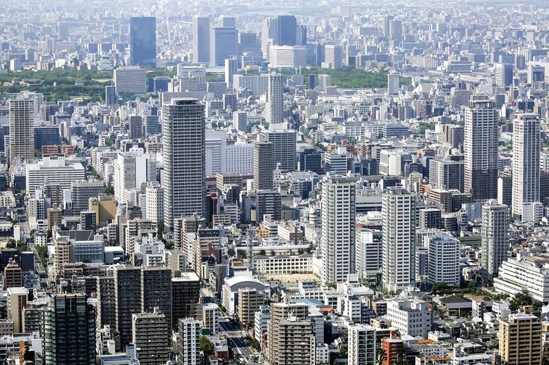 今なお新築住宅は数多く供給されている (Bloomberg)