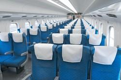 乗客がいない状態でも、新幹線は間引き運転せずに運行された(20年4月)