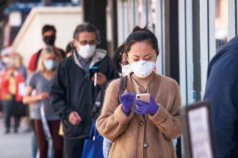マスク着王を義務づけたカリフォルニア州 (Bloomberg)