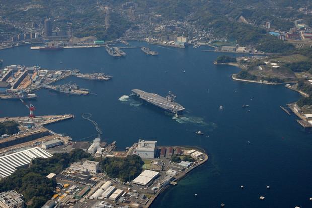 米軍横須賀基地で2人の感染確認 1人は空港検査で判明、計9人に - 毎日新聞